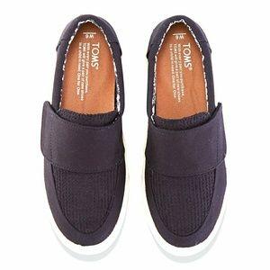 Toms wool velcro sneakers size 8